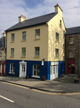 The Bogbean Connemara, Roundstone Village