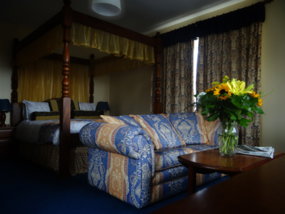 Romantic Four poster bed at the Bogbean Guesthouse in Galway