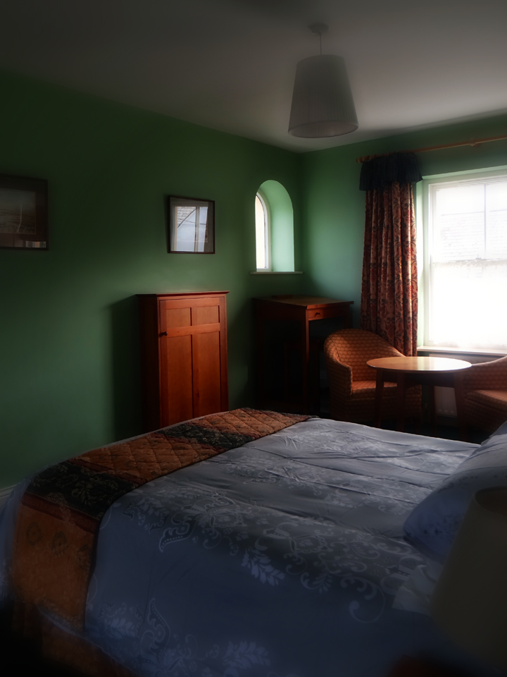 Cosy rooms at The Bogbean in Roundstone, Co. Galway